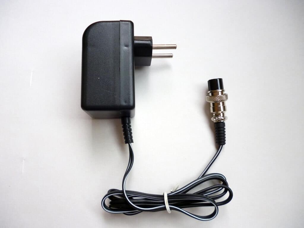 Carregador de bateria 9v
